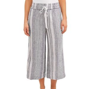 🎉[Time and Tru] Wide Leg Striped Pant